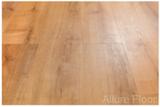 Allure Floor ISOCore Дуб Золотой виниловый пол замковый
